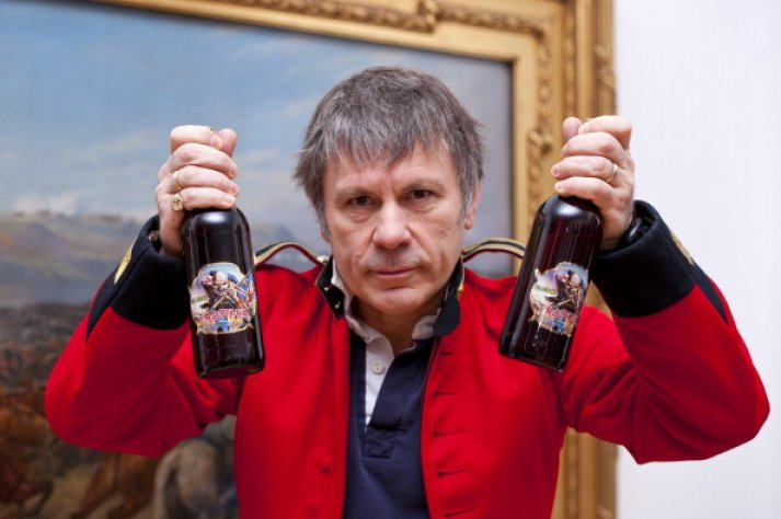 iron-maiden-singer-bruce-dickinson-launch-new-limited-edition-beer-end-2016