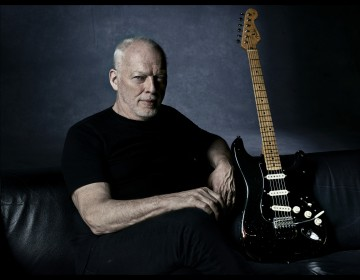 PSRIR_DAVID GILMOUR 2015_Shot 13_Credit Kevin Westenberg_medium